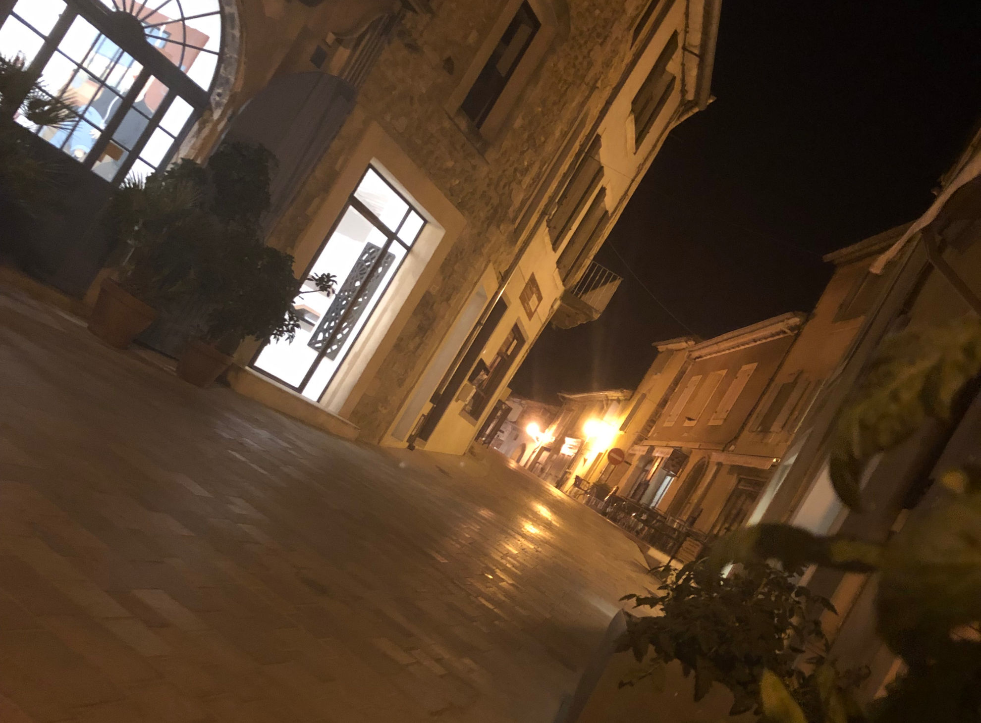 Night view of Menerbes - Domaine Des Jeanne - domainedesjeanne.ie